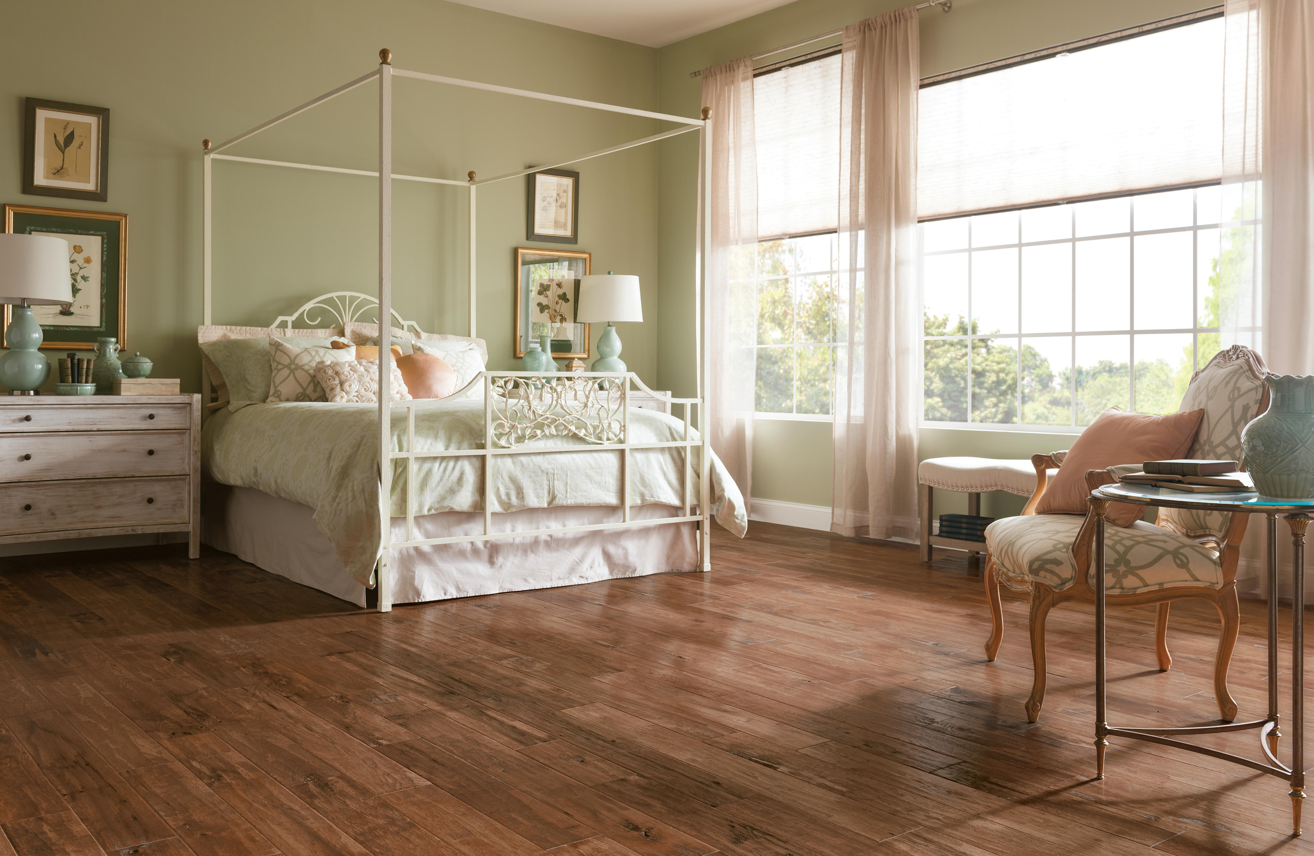 American Scrape Clover Honey Solid Hardwood SAS510